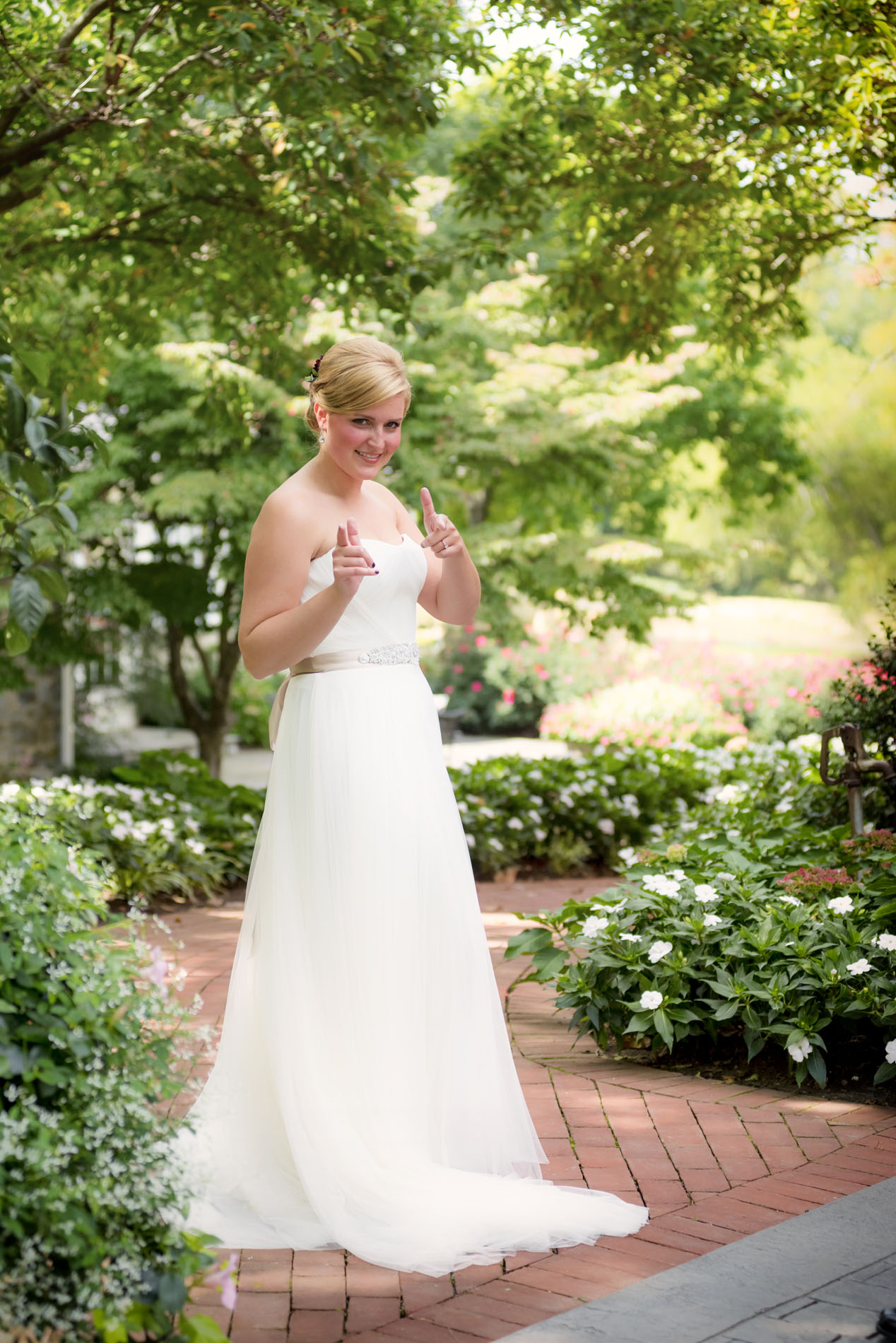 A Modern Natural Wedding At The Candy Factory In Lancaster Pennsylvania