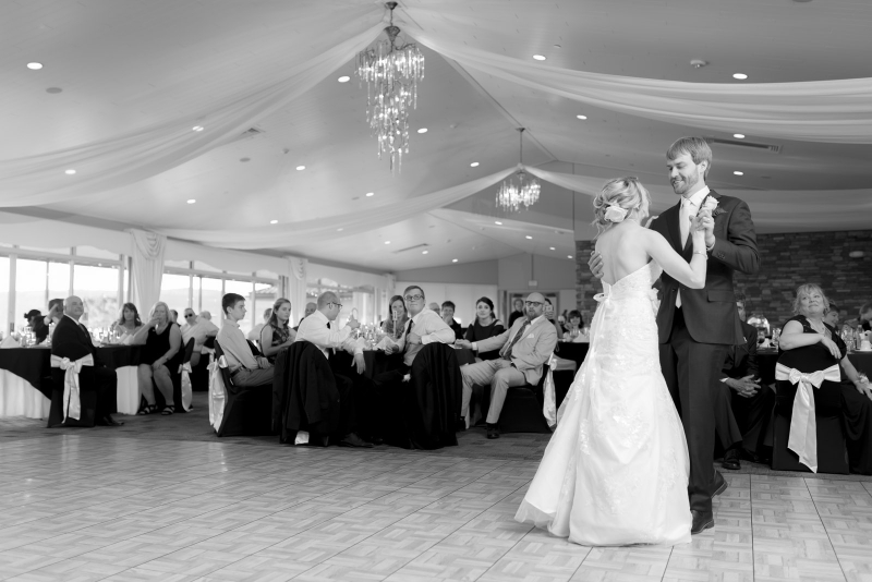 The Woodstone Country Club Wedding of Dr. Jessica and Zach