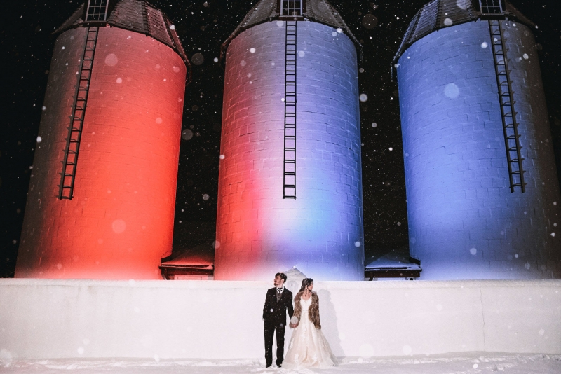 Pennsylvania Barn Winter Wedding by Justin Heyes