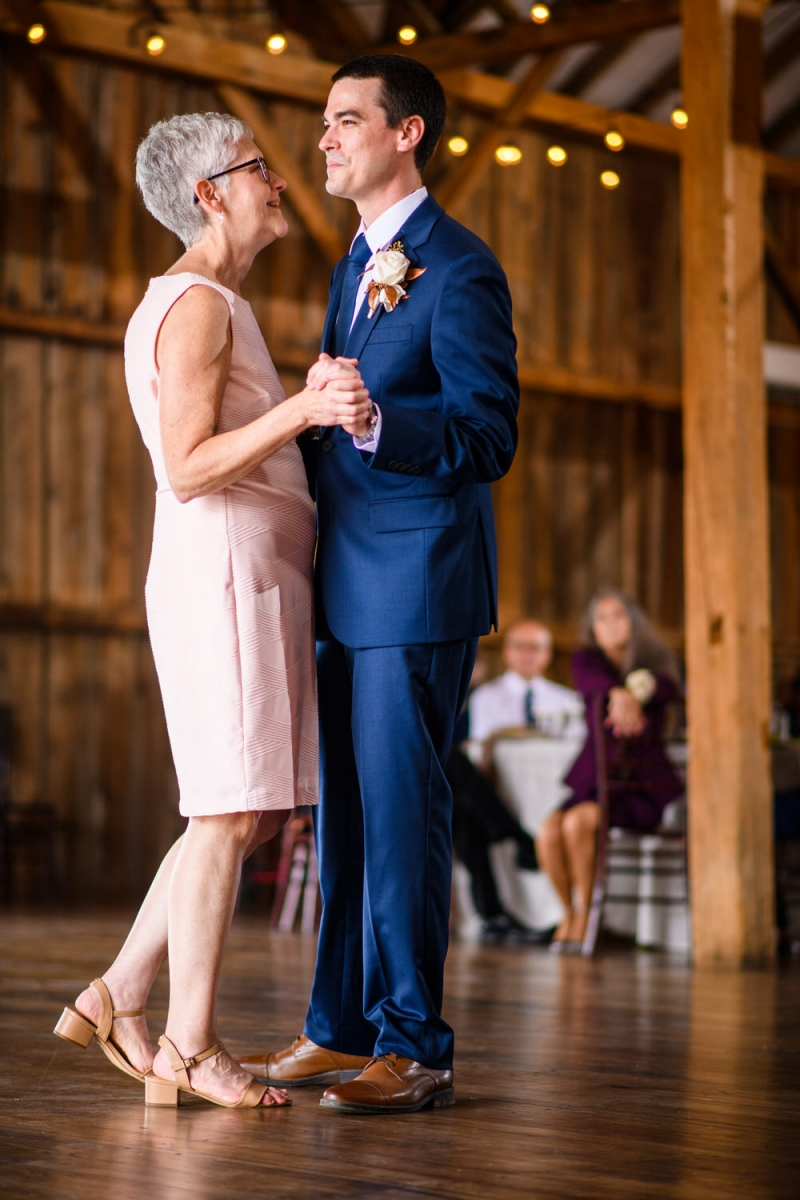 The-Barn-at-Stoneybrooke-Wedding-Heather-Mike_17